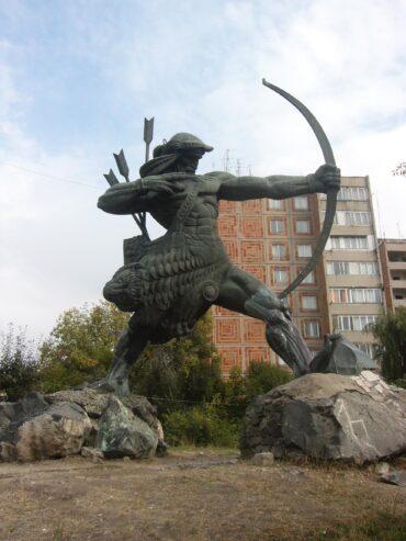 The statue of the legendary Hayk